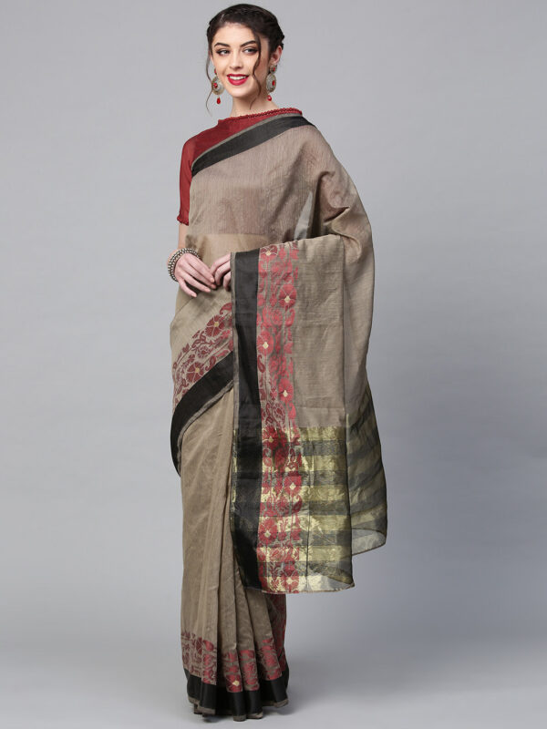 Maroon Cotton Blend Solid Saree LookWhatIChoose